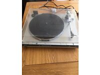 JVC Turntable. Good condition. Plays 45 & 33 speed, auto return system.