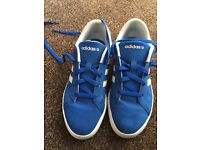 Size 5 adidas trainers/pumps