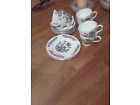 Fine Bone China set 15 pieces