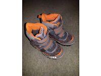Trespass children's snow boots/warm winter boots size UK 12