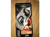 Sport Stereo black headphones JVC. Adjustable clip-Brand new