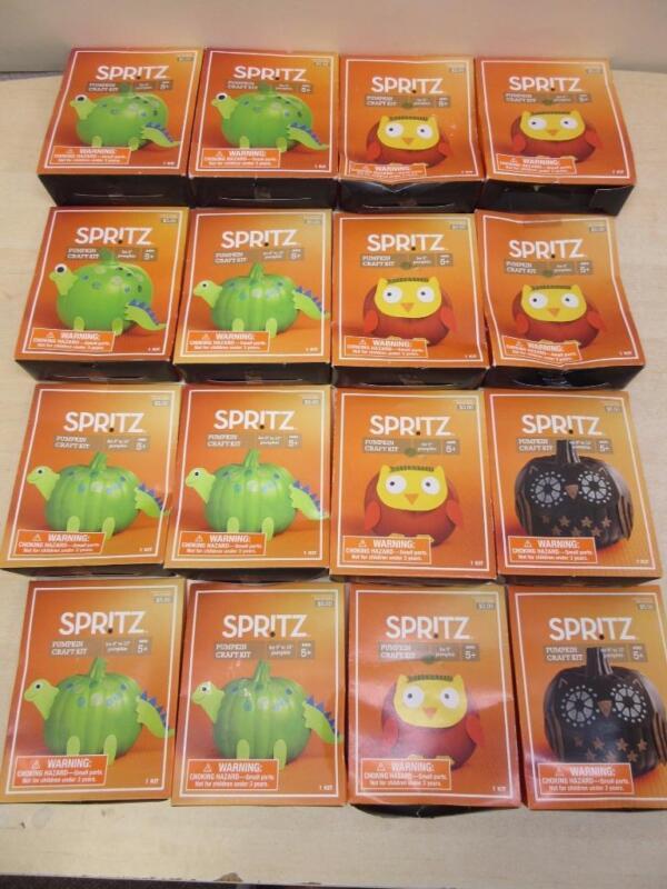 Lot of 16 Spritz Pumpkin Decorating Craft Kits Halloween Activities Preschool