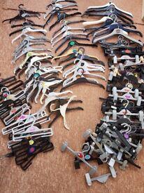 160 Coat hangers