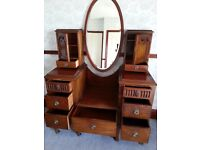 lovely dressing table with oval mirror, and 2 secret drawers needs a new home.