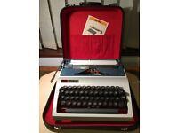 Daro Erika Vintage Portable Typewriter