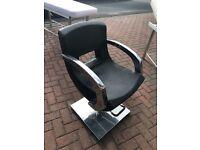 Hair dressing chair