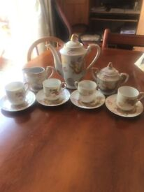 Chinese Tea/Coffee pot, milk jug and sugar bowl Set with 4 cups and saucers