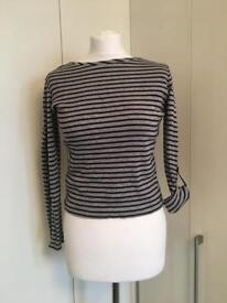 Maine Grey and Black Top size 8/10