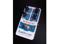 SubDecay Octasynth, analogue synth guitar pedal