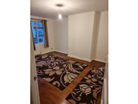 NEWLY DECORATED 2 DOUBLE BEDROOM FLAT IN A BEAUTIFUL PRIVATE CUL DE SAC, TW8 9JN
