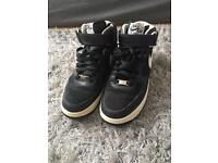 Nike force shoes for men size 7