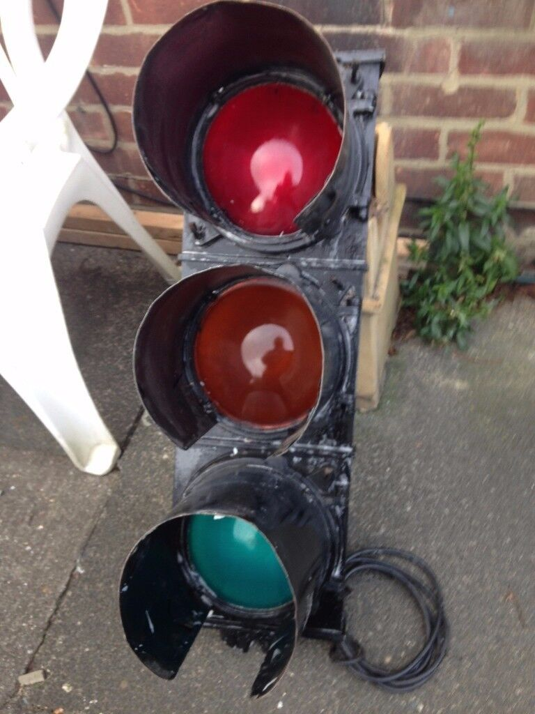 Vintage Original Roadside Traffic Light Un-restored Forest City Manchester 1960s