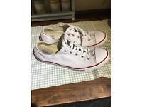 White converse size 7