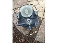 Laguna 2500 filter box n pump