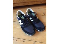 Mens New Balance Trainers 420 Size 10 - should fit size 9 to 9.5