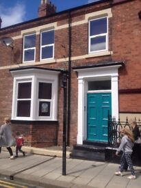 S C Flat 300 m Station 500 m Centre parking £350 pcm inc water Gas 6 month Shorthold agreement