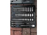 Various SNAP ON tools. Air gun/torx/sockets/ratchets/screwdrivers