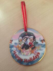 """DISNEY Christmas Collection - """"Happy Holidays"""" - (Limited Piece)"""