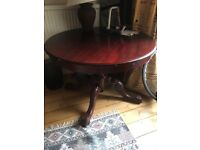 FREE today - Beautiful round pedestal dining table - FREE if collected THU 2 AUG