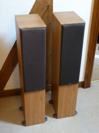Monitor Audio BR5 Reference Speakers (cherry finish)
