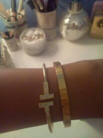 Women brand bracelets