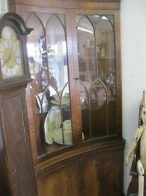 VINTAGE ORNATE 'GOTHIC' STYLE CORNER CABINET. CURVED FRONTAGE.VIEWING / DELIVERY AVAILABLE