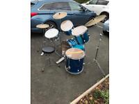 Tempo full size drum kit