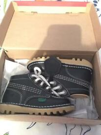 Baby kickers size 6