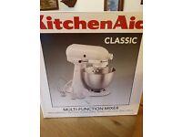 Brand New KitchenAid White Classic Stand Mixer 300W - 4.3L