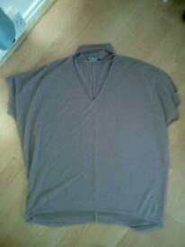 Ladied top size 18/20