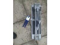 "Manual Wickes tile cutter 400mm (16"") + pliers"
