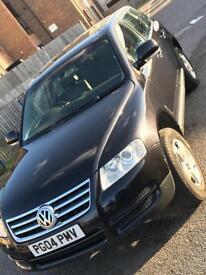 Volkswagen Touareg 2004 Black