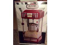 Retro design popcorn maker (new in box)