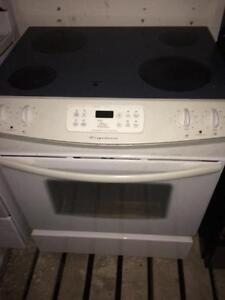 Frigidaire Slide In Range/Stove, Free Warranty, Delivery Available