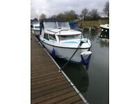 Maclan 22 River Cruiser/Boat