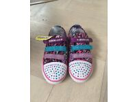 Sparkles girls light up trainers - size 1