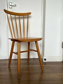 Set of 2 wooden dining chair