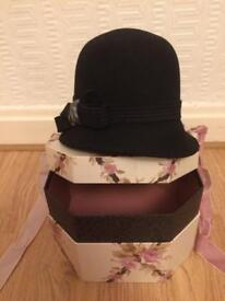 Hat and hat box