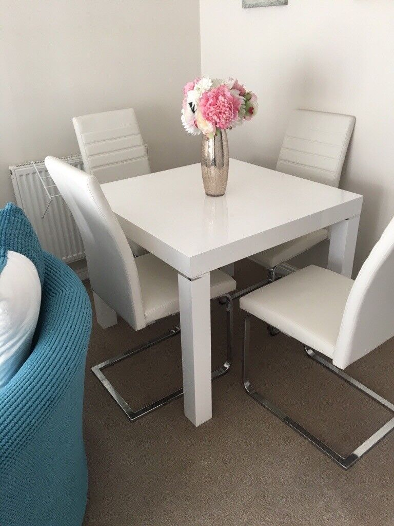 Fine White Gloss Dining Table And Chairs In Swansea Gumtree Machost Co Dining Chair Design Ideas Machostcouk