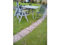 Garden table/Chairs/Cushions/Stand