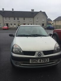 Renault Clio 2002. 3dr. £450 Ono