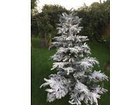 Beautiful 5ft Artificial Christmas Tree