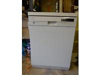 Siemans dishwasher. Clean efficient. Can deliver