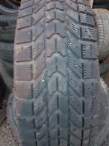 4 PNEUS HIVER - FIRESTONE 225 75 16 - 4 WINTER TIRES