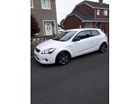 Kia pro ceed, reliable wee car, easy to run. Only selling as husband buying a motorbike!