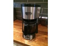 Bath Gently Used Delonghi 10 cup Coffee Maker with Carafe