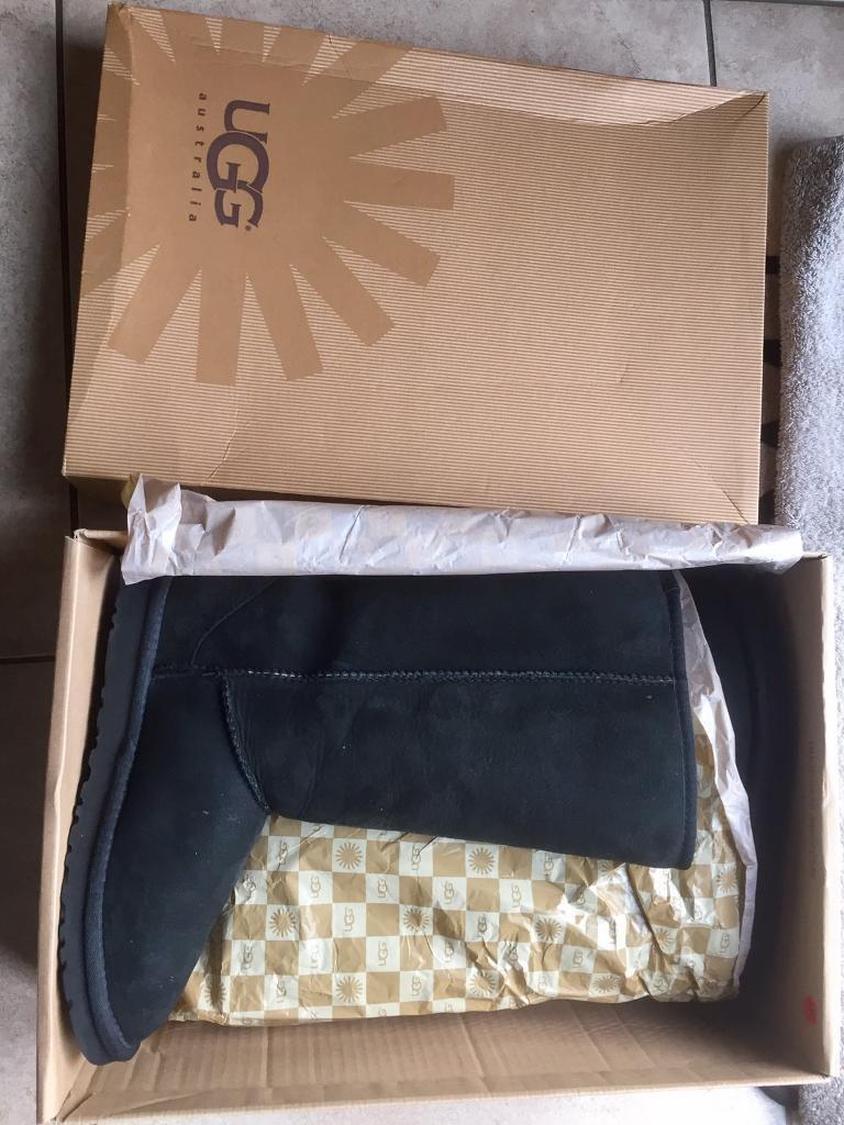 New Ugg boots uk size 4 - unwanted gift