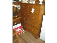 QUALITY 'DUCAL' PINE LARGE 8 DRAWER CHEST OF DRAWERS.