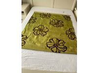 Green Silk Roman Blind 41x48 inches