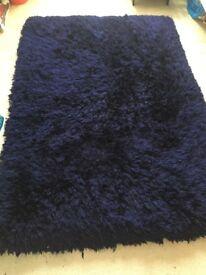 Next rug (navy)